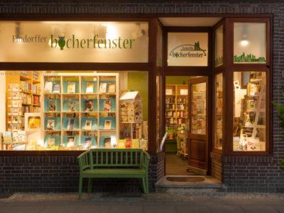 """Buchhandlung """"Findorffer - Bücherfenster"""""""